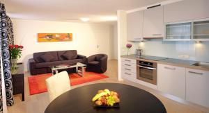 A kitchen or kitchenette at Apartments Wolf Dietrich