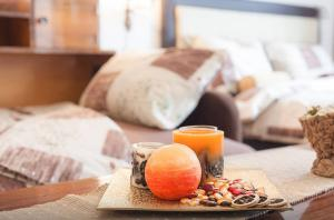 Breakfast options available to guests at Downtown Cozy Studio Apartment