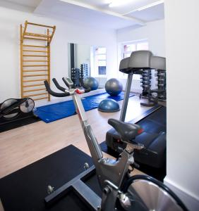 The fitness centre and/or fitness facilities at The Rosebery Aparthotel