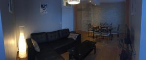 Coin salon dans l'établissement Appartement 3 Pièces Bord de mer Place du 6 Juin