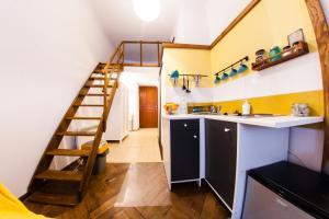 Kuchnia lub aneks kuchenny w obiekcie Homely Apartment's Old Town
