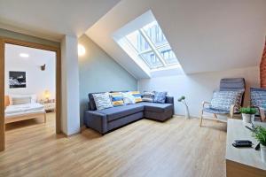 Ein Bett oder Betten in einem Zimmer der Unterkunft NABO apartments