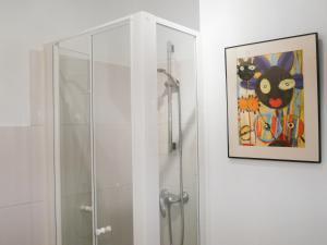A bathroom at Chez Claire & Laurent