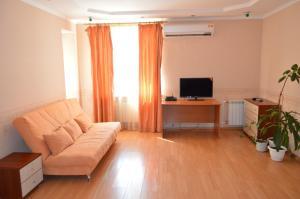 Гостиная зона в Просторные апартаменты на Чернышова
