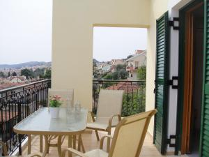 A balcony or terrace at Barbara΄s Apartments