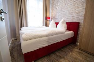 Ein Bett oder Betten in einem Zimmer der Unterkunft Ruterra By Golden Lady's 3BDR Loft