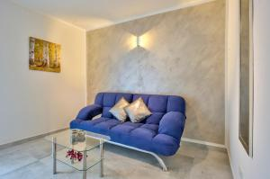 A seating area at Central Suites