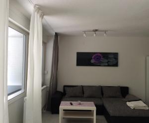 Ein Sitzbereich in der Unterkunft Holiday Home Dee/Syre am Erlenhofsee