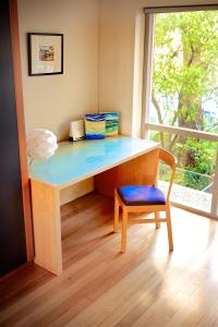 A seating area at Cottesloe Tree Top Studio