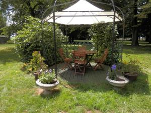 Terrasse ou espace extérieur de l'établissement Holiday home Le Marronier