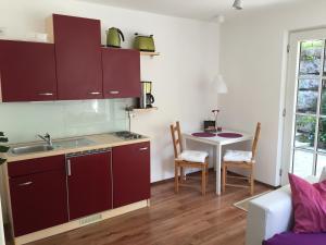 A kitchen or kitchenette at Villa Tuscia