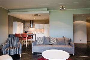 A seating area at Kuressaare Marina Apartment