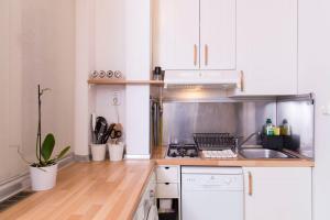 Cuisine ou kitchenette dans l'établissement LovelyNook in Váci Street