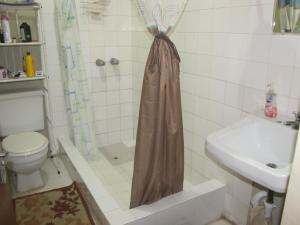 A bathroom at Russell Heights