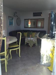 A restaurant or other place to eat at Apartment Greis