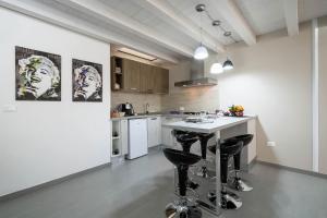 Cucina o angolo cottura di Quattro Canti Apartments