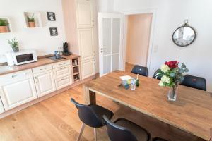 מטבח או מטבחון ב-City Apartment Friedrichring