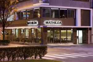 De façade/entree van Holidaysuite Mathilda