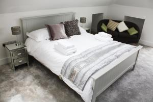 A room at Linton Luxury Holiday Home