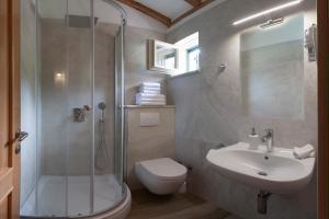 Koupelna v ubytování Villa Perun