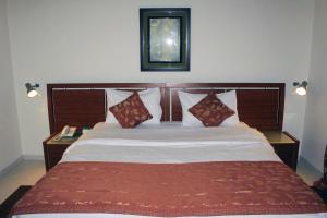 A room at Al Deyafa Hotel Apartments