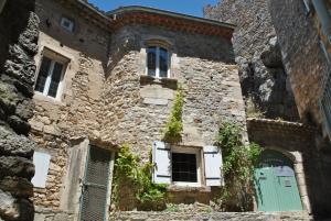The facade or entrance of La Sarrasine