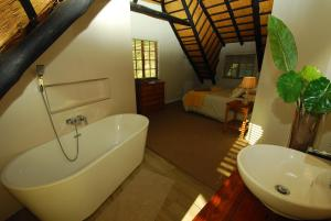 A bathroom at 20 Mount Champagne