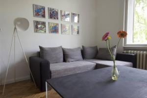 A seating area at Citypark Apartman