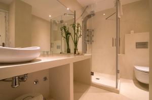 A bathroom at Ácora Ibiza