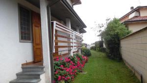 Uteplats på Accogliente Villetta Con Giardino