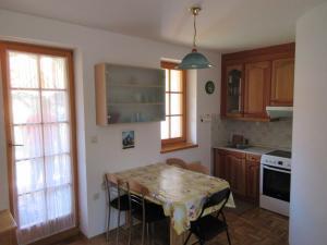 Kuhinja oz. manjša kuhinja v nastanitvi Apartment Klas