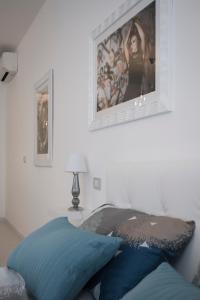 Ein Zimmer in der Unterkunft Artist's suite