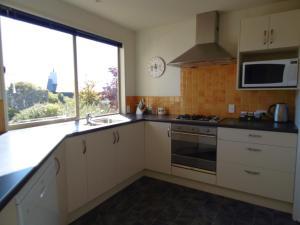A kitchen or kitchenette at Nirvana