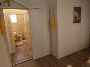 A bathroom at Anne Apartment