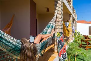 A patio or other outdoor area at Cumbuco Kite in Paradise e Hospedaria