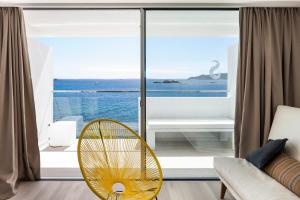 A balcony or terrace at Sud Ibiza Suites