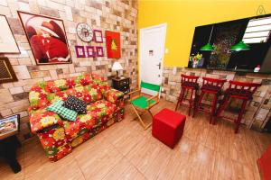 O lounge ou bar de Eco & Eccentric Apartment