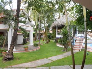 Ein Garten an der Unterkunft Residencial Las Tejas