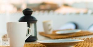 Utensilios para hacer té y café en Los Balcones