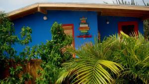 Facaden eller indgangen til Hopi Cadushi Studio