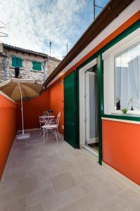 A patio or other outdoor area at Casa Matteotti