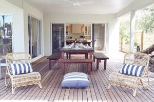A seating area at Verandah Retreat