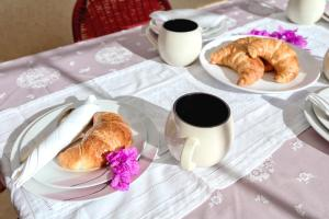 Breakfast options available to guests at Apartment Oaza