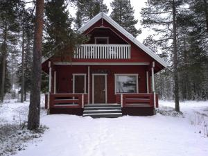 Vipati Cottage during the winter