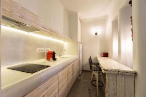 A kitchen or kitchenette at Casa di Mare