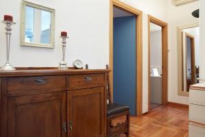 A bathroom at Maison de Amelie
