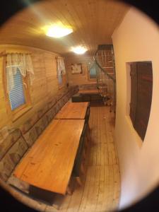 Kuhinja oz. manjša kuhinja v nastanitvi Blazic I