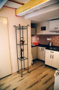 Dapur atau dapur kecil di Old Crooked Beams
