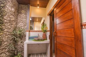 حمام في جاجي فيلا