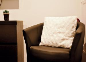 A seating area at Appartement L'Ill au Sable